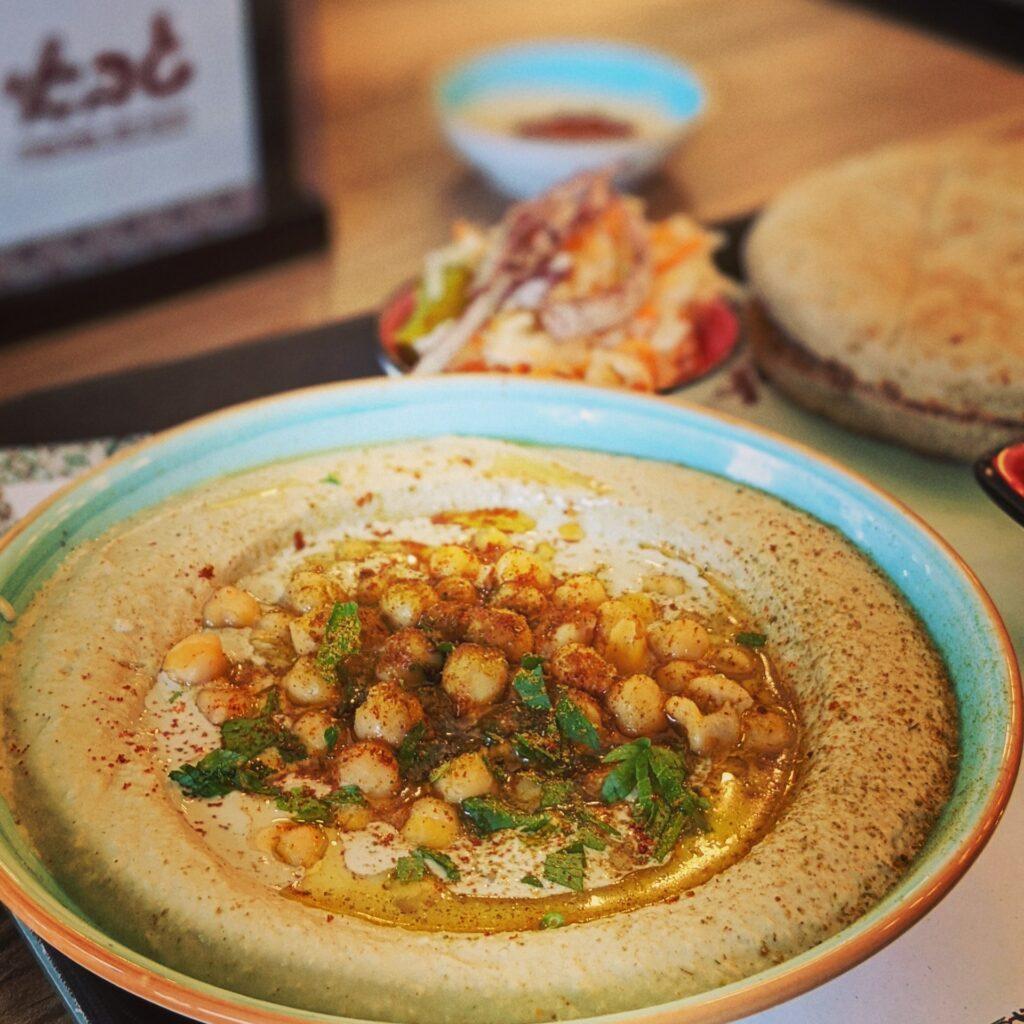 Hummus Ricetta Originale Libanese.Insalata Di Ceci Il Fatteh Hummus Libanese